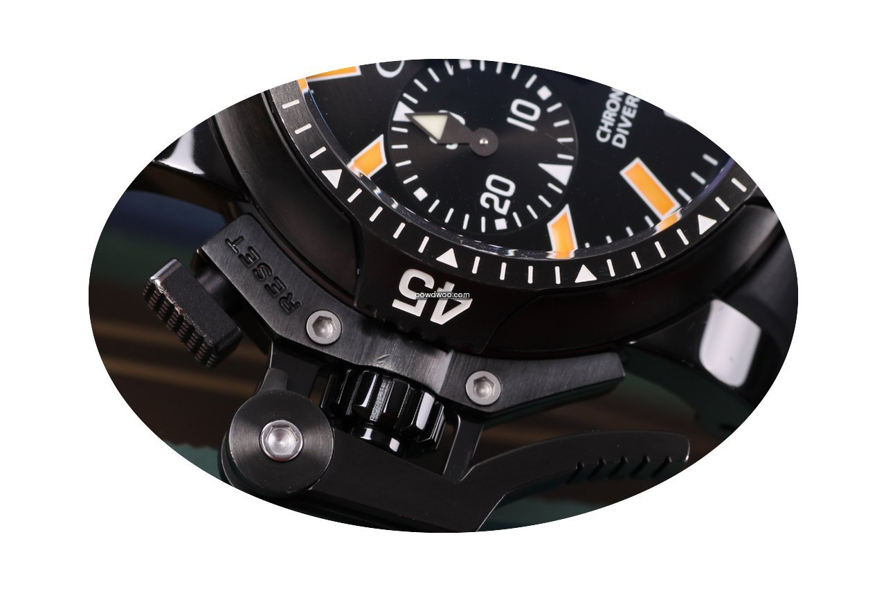 Graham Chronofighter Oversize Diver Deep...