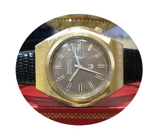 Bulova Accutron Day Date Gold Plated Wat...